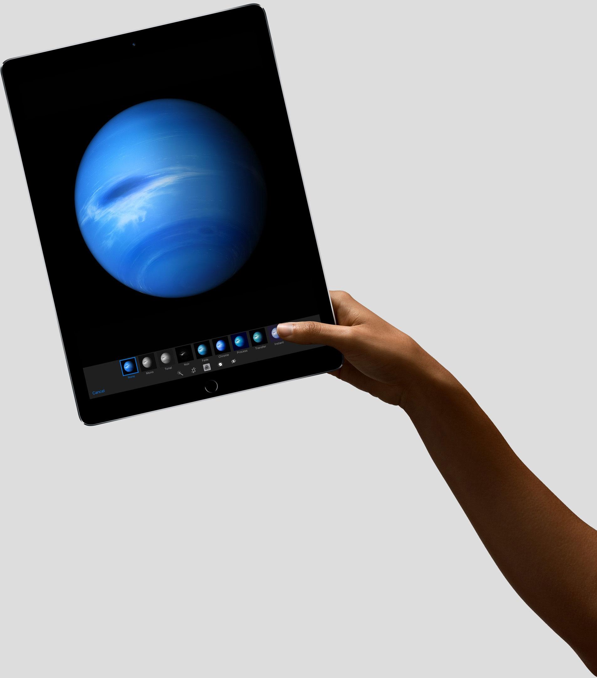 تبلت جدید اپل چه ویژگیهایی دارد؟/همکاری لاجیتک با اپل در ساخت کیبورد آی پد پرو تبلت جدید اپل چه ویژگیهایی دارد؟/همکاری لاجیتک با اپل در ساخت کیبورد آی پد پرو 15 9 10 104750canvas large