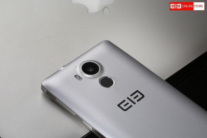 تصویری از یک گوشی 1 میلیون تومانی که هم ویندوزفون 10 دارد و هم اندروید! تصویری از یک گوشی 1 میلیون تومانی که هم ویندوزفون 10 دارد و هم اندروید! 15 9 17 205658gsmarena 003