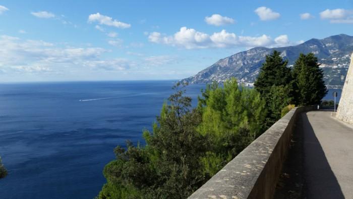 خلیج آمالفی ایتالیا هیجان انگیزترین مسیرهای رانندگی در سراسر دنیا هیجان انگیزترین مسیرهای رانندگی در سراسر دنیا 15 Amalfi Coast