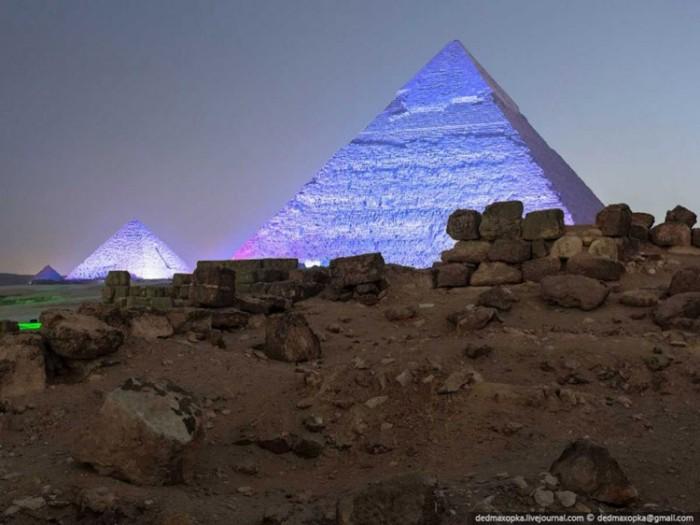 جاذبههای گردشگری مصر 1 عکسهای غیرقانونی ولی خیرهکننده از جاذبههای گردشگری جهان عکسهای غیرقانونی ولی خیرهکننده از جاذبههای گردشگری جهان 2 Giza Egypt