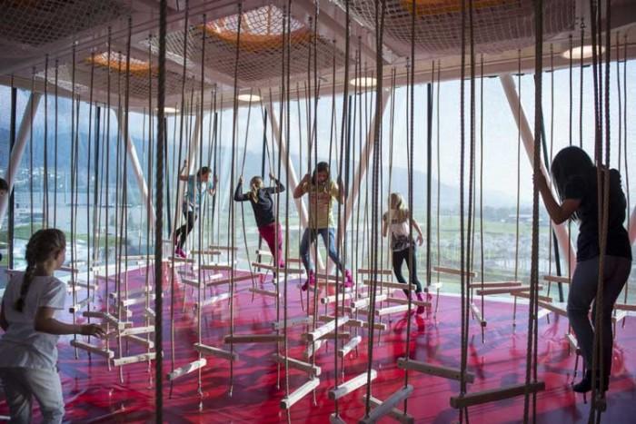Swarovski Crystal Worlds در این پارکها به دنیای کودکیتان برگردید! در این پارکها به دنیای کودکیتان برگردید! 2011