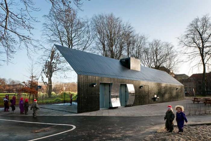playground in Copenhagen در این پارکها به دنیای کودکیتان برگردید! در این پارکها به دنیای کودکیتان برگردید! 207