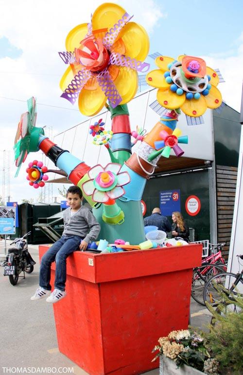 گروه اینترنتی پرشین استار | www.Persian-Star.org خلق مجسمه های چوبی از مواد بازیافتی خلق مجسمه های چوبی از مواد بازیافتی 2841