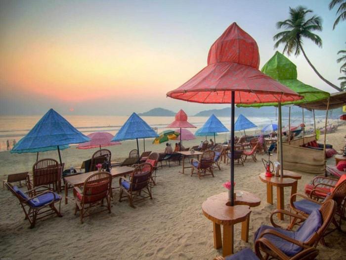 خلیج پالولم هندوستان عکسهایی چشمنواز و زیبا که بیننده را به بازدید از هندوستان ترغیب میکنند عکسهایی چشمنواز و زیبا که بیننده را به بازدید از هندوستان ترغیب میکنند 5 palolem beach