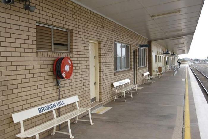 6_broken_hill_0681 ۱۰ ایستگاه قطار زیبای جهان ۱۰ ایستگاه قطار زیبای جهان 6 broken hill 0681