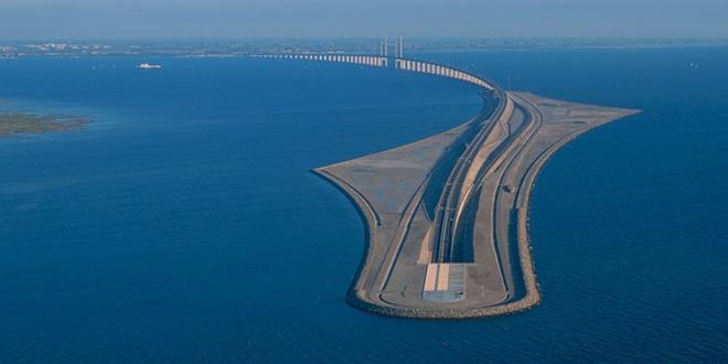 9-13-2015 5-20-12 PM پل شگفتانگیز وصل کننده دانمارک و سوئد پل شگفتانگیز وصل کننده دانمارک و سوئد 9 13 2015 5 20 12 PM