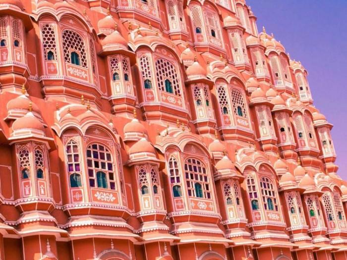 کاخ هوا محل هندوستان عکسهایی چشمنواز و زیبا که بیننده را به بازدید از هندوستان ترغیب میکنند عکسهایی چشمنواز و زیبا که بیننده را به بازدید از هندوستان ترغیب میکنند 9 hawa mahal
