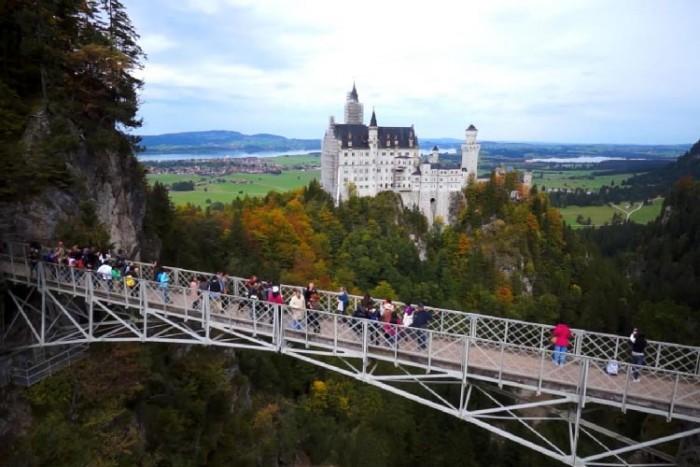 پل ۱۰ پل که عبور از آنها لرزه به اندامتان میاندازد ۱۰ پل که عبور از آنها لرزه به اندامتان میاندازد Marienbruecke bridge