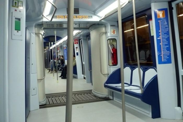 Metro_de_Madrid_-_Tren_02 بزرگترین شبکه های مترو جهان بزرگترین شبکه های مترو جهان Metro de Madrid   Tren 02