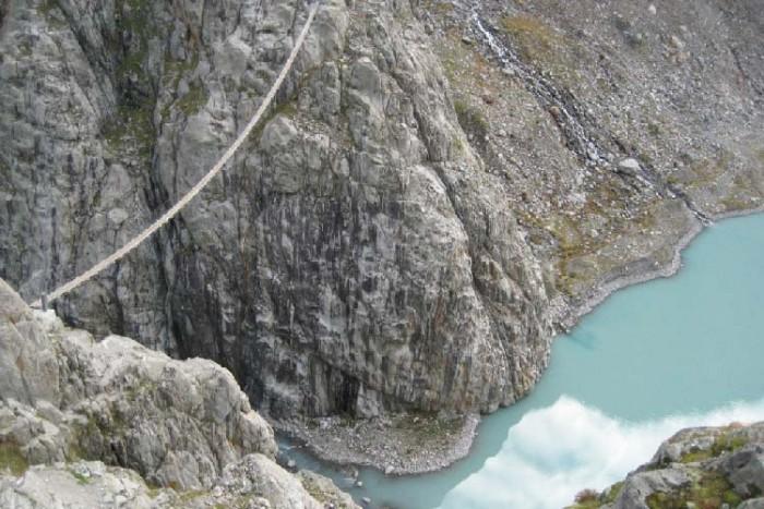 پل تریفت ۱۰ پل که عبور از آنها لرزه به اندامتان میاندازد ۱۰ پل که عبور از آنها لرزه به اندامتان میاندازد Trift Bridge