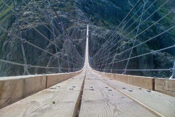 پل تریفت ۱۰ پل که عبور از آنها لرزه به اندامتان میاندازد ۱۰ پل که عبور از آنها لرزه به اندامتان میاندازد Trift Bridge2