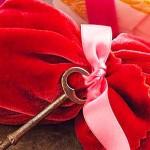 ایده های خلاق برای بسته بندی هدایا چگونه با ایده های خلاق هدایای خود را بسته بندی کنیم چگونه با ایده های خلاق هدایای خود را بسته بندی کنیم bastan ba parche