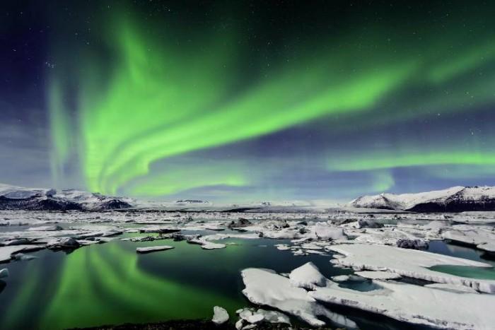شفق قطبی  ۸ جای فوق العاده دنیا برای رصد شفق قطبی ۸ جای فوق العاده دنیا برای رصد شفق قطبی iceland11