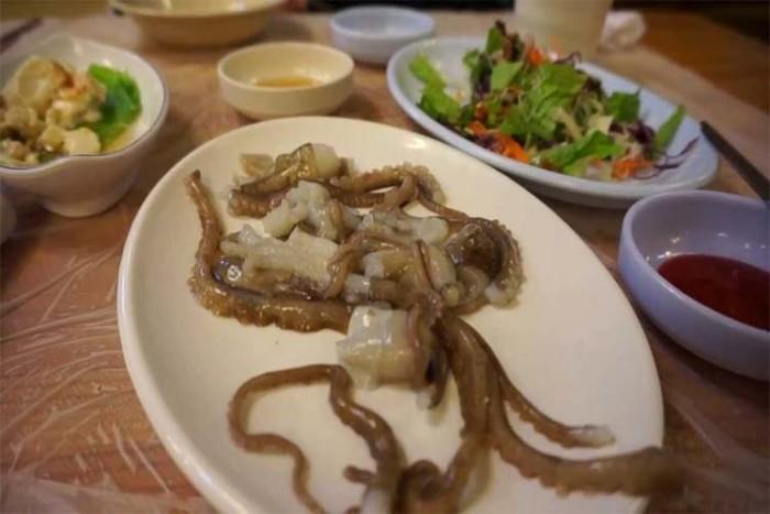 ساناکجی ۱۷ غذای خطرناک در دنیا ۱۷ غذای خطرناک در دنیا ssssss