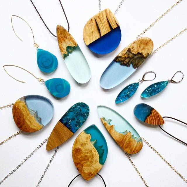 wood-jewelry-resin-boldb-britta-boeckmann-8 تبدیل چوب های قدیمی به جواهرات زیبا تبدیل چوب های قدیمی به جواهرات زیبا wood jewelry resin boldb britta boeckmann 8