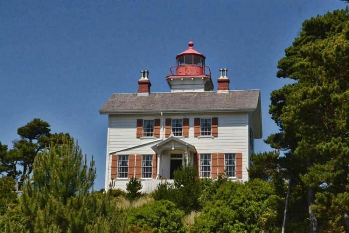 فانوس دریایی Oregon ۱۰ فانوس دریایی زیبای جهان ۱۰ فانوس دریایی زیبای جهان yaquina bay light