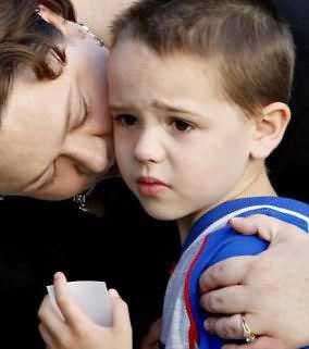 اضطراب جدایی کودک درباره اضطراب جدایی کودک از خانواده بیشتر بدانید درباره اضطراب جدایی کودک از خانواده بیشتر بدانید